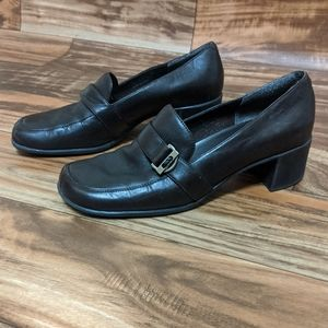 3for$20 brown what's what by aerosoles shoe size 8